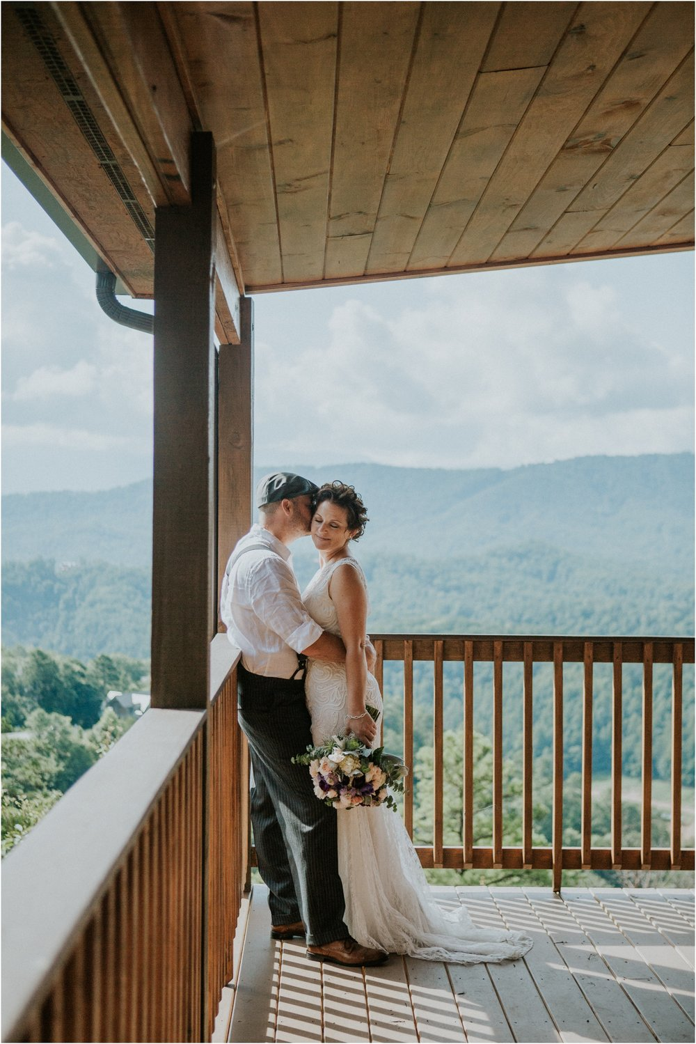 cabin-parkside-resort-the-magnolia-venue-tennessee-mountain-views-intimate-wedding_0074.jpg