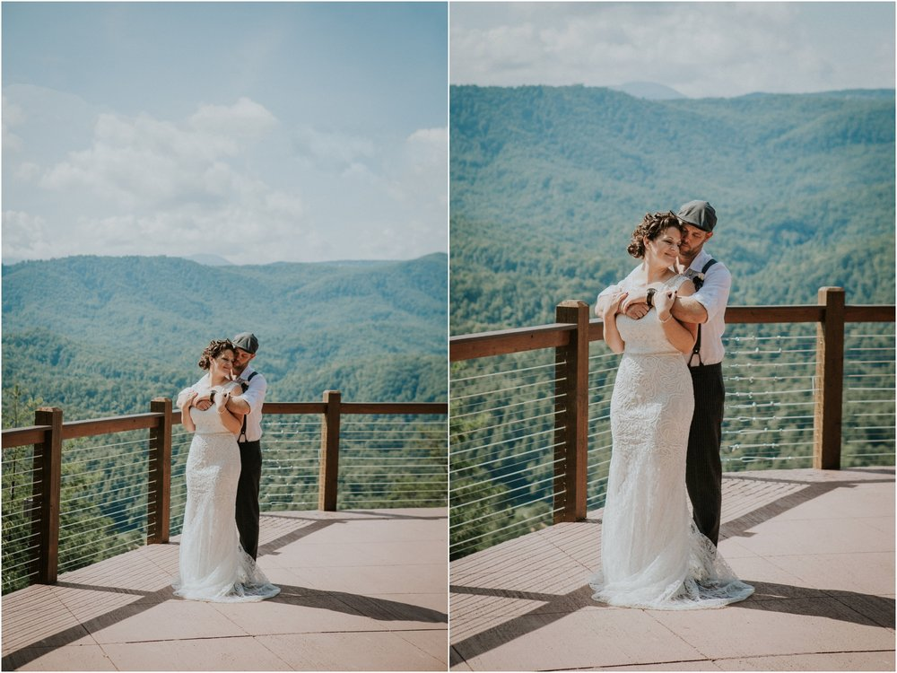 cabin-parkside-resort-the-magnolia-venue-tennessee-mountain-views-intimate-wedding_0109.jpg