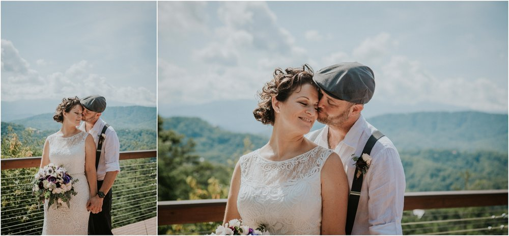 cabin-parkside-resort-the-magnolia-venue-tennessee-mountain-views-intimate-wedding_0111.jpg