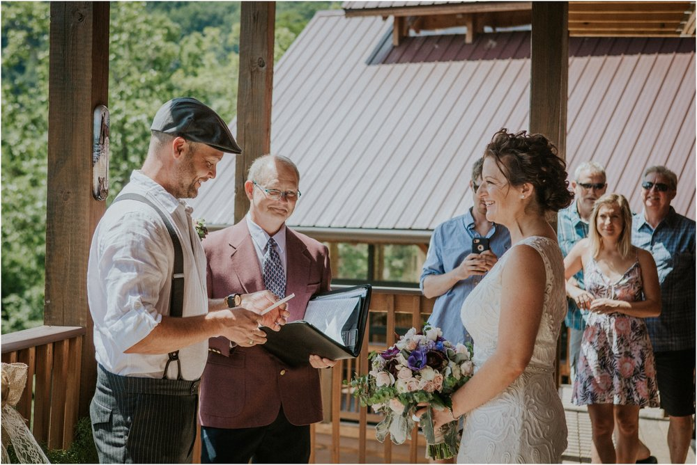 cabin-parkside-resort-the-magnolia-venue-tennessee-mountain-views-intimate-wedding_0125.jpg
