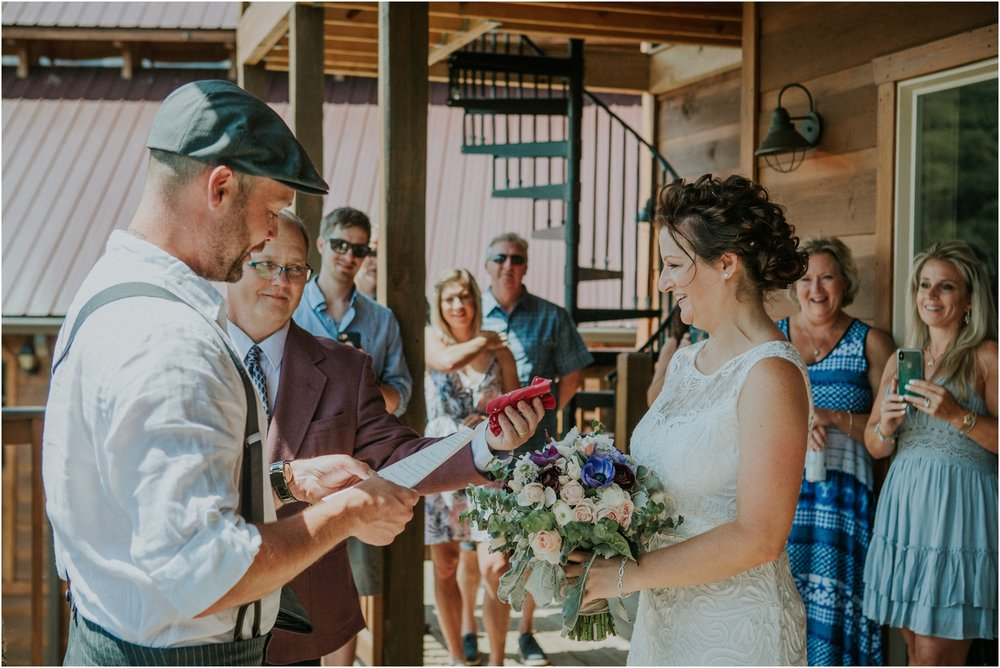 cabin-parkside-resort-the-magnolia-venue-tennessee-mountain-views-intimate-wedding_0128.jpg