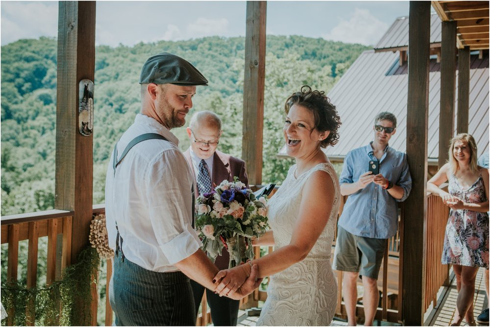 cabin-parkside-resort-the-magnolia-venue-tennessee-mountain-views-intimate-wedding_0133.jpg