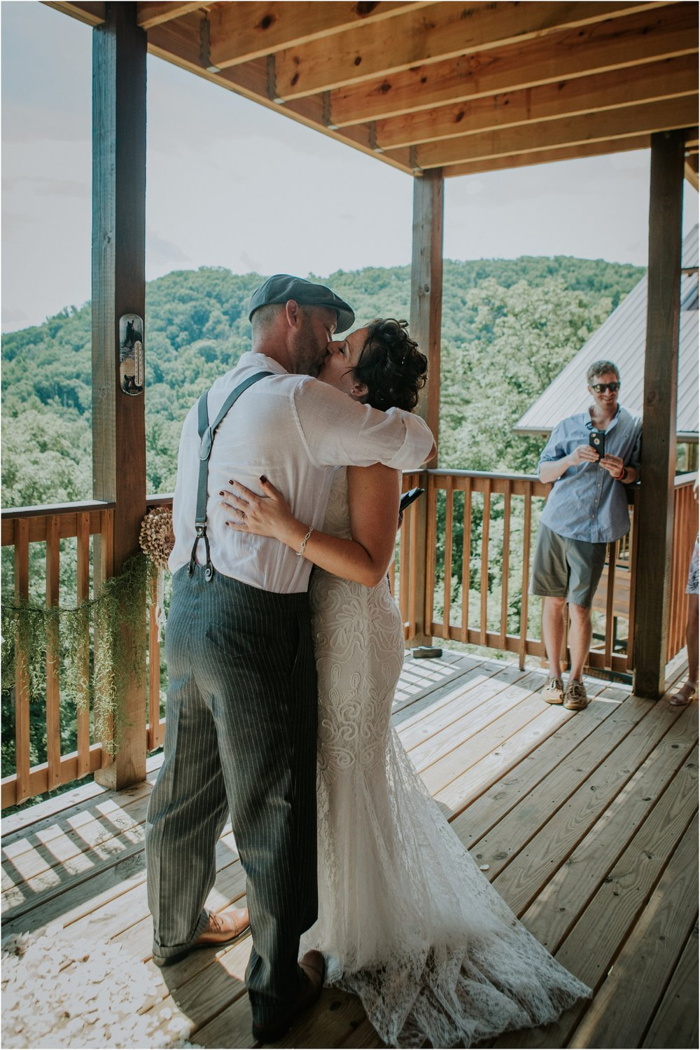 cabin-parkside-resort-the-magnolia-venue-tennessee-mountain-views-intimate-wedding_0141.jpg