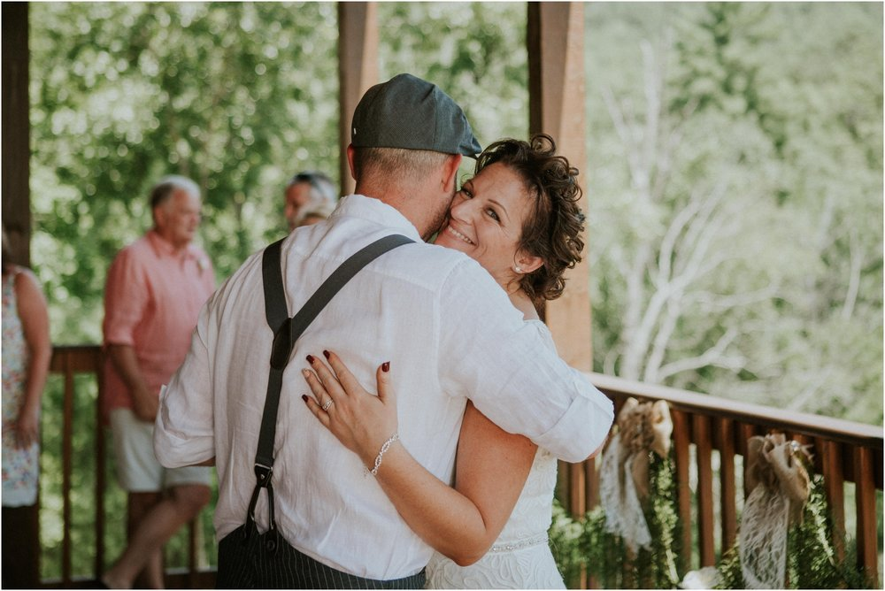 cabin-parkside-resort-the-magnolia-venue-tennessee-mountain-views-intimate-wedding_0170.jpg