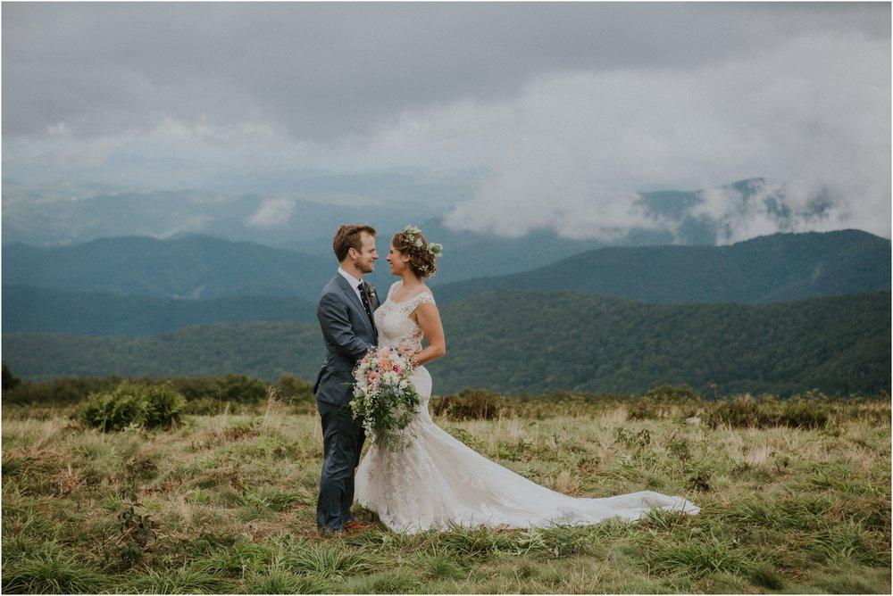 roan-mountain-appalachian-trail-thru-hiker-summer-wedding-tennessee-north-carolina-rustic-adventurous_0110.jpg