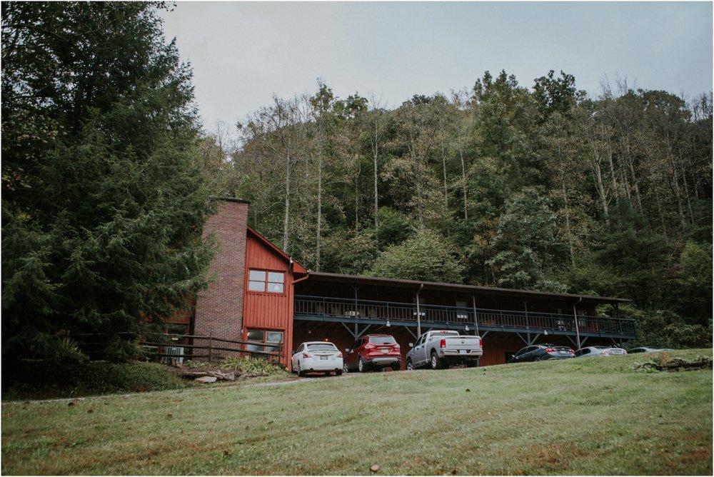 camp-at-buffalo-mountain-jonesborough-tennessee-rustic-wedding-elopement-fall-johnsoncity-northeast-tn_0001.jpg