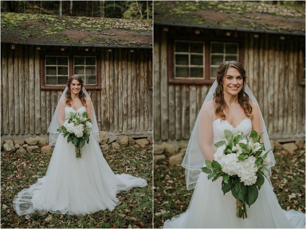camp-at-buffalo-mountain-jonesborough-tennessee-rustic-wedding-elopement-fall-johnsoncity-northeast-tn_0114.jpg