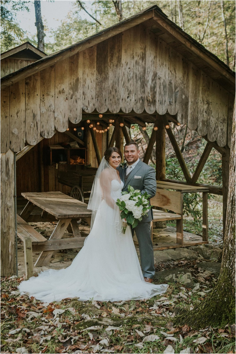 camp-at-buffalo-mountain-jonesborough-tennessee-rustic-wedding-elopement-fall-johnsoncity-northeast-tn_0120.jpg