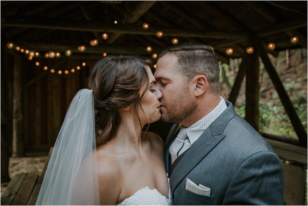 camp-at-buffalo-mountain-jonesborough-tennessee-rustic-wedding-elopement-fall-johnsoncity-northeast-tn_0127.jpg
