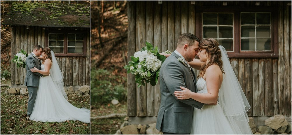 camp-at-buffalo-mountain-jonesborough-tennessee-rustic-wedding-elopement-fall-johnsoncity-northeast-tn_0129.jpg
