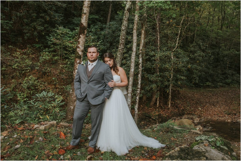 camp-at-buffalo-mountain-jonesborough-tennessee-rustic-wedding-elopement-fall-johnsoncity-northeast-tn_0133.jpg