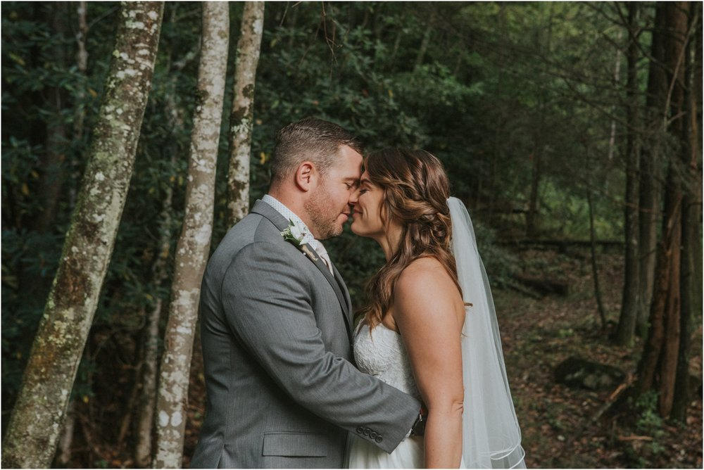 camp-at-buffalo-mountain-jonesborough-tennessee-rustic-wedding-elopement-fall-johnsoncity-northeast-tn_0135.jpg