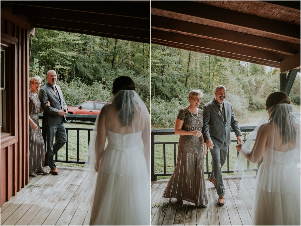 camp-at-buffalo-mountain-jonesborough-tennessee-rustic-wedding-elopement-fall-johnsoncity-northeast-tn_0166.jpg