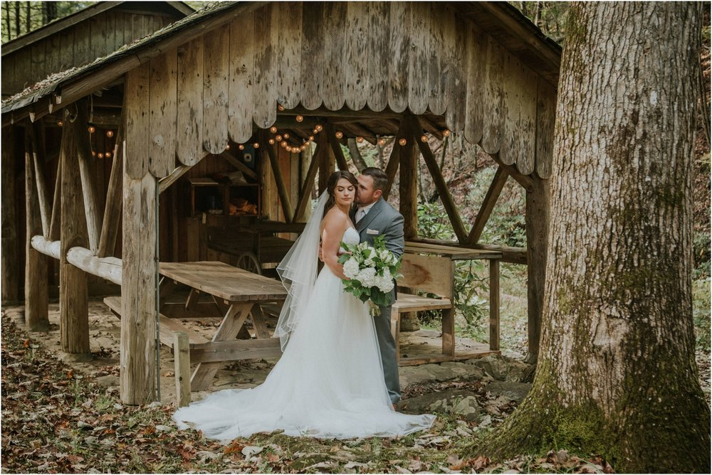 camp-at-buffalo-mountain-jonesborough-tennessee-rustic-wedding-elopement-fall-johnsoncity-northeast-tn_0142.jpg