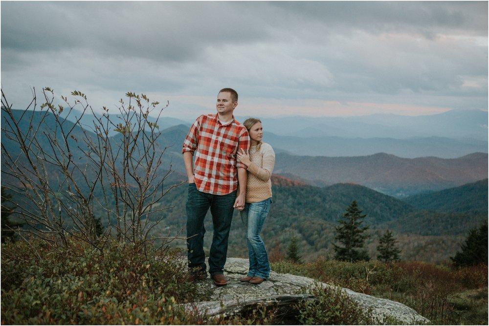roan-mountain-fall-sunset-engagement-session-tennessee-asheville-northcarolina-appalachiantrail-dog_0035.jpg