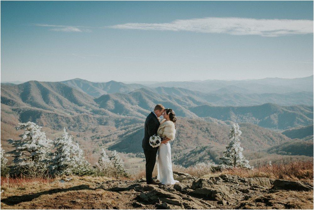 roan-mountain-tn-tennessee-north-carolina-intimate-wedding-elopement-adventurous-snowy-winter-mountaintop-katy-sergent-photographer_0029.jpg