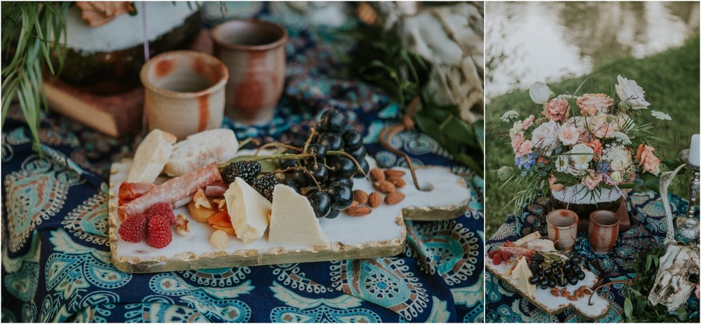 homestead-on-the-holston-hiltons-virginia-bohemian-canoe-styled-shoot-northeast-tennessee-elopement-wild-free-spirit_0034.jpg