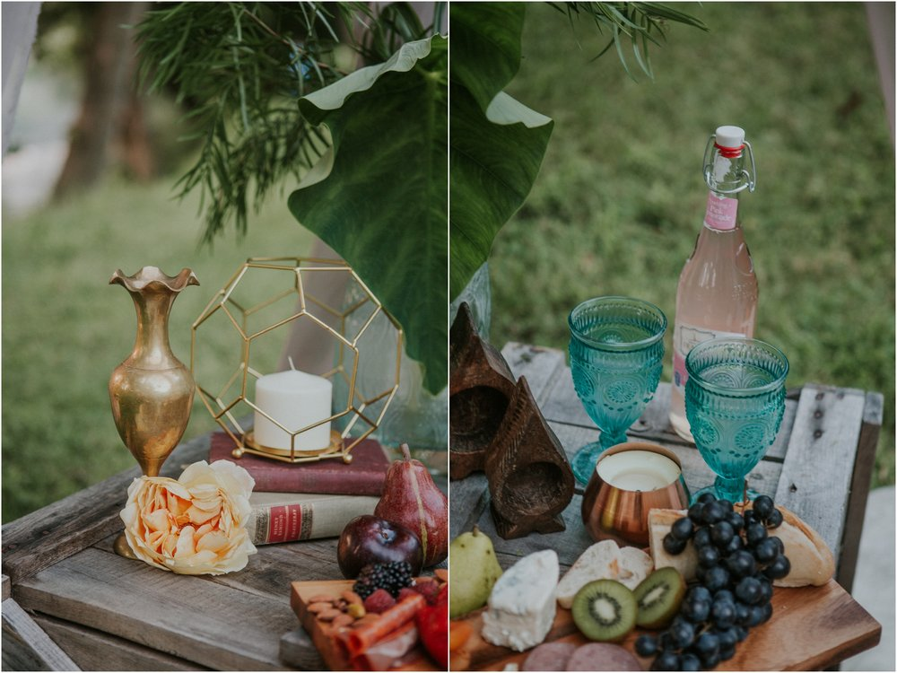 homestead-on-the-holston-hiltons-virginia-bohemian-canoe-styled-shoot-northeast-tennessee-elopement-wild-free-spirit_0045.jpg