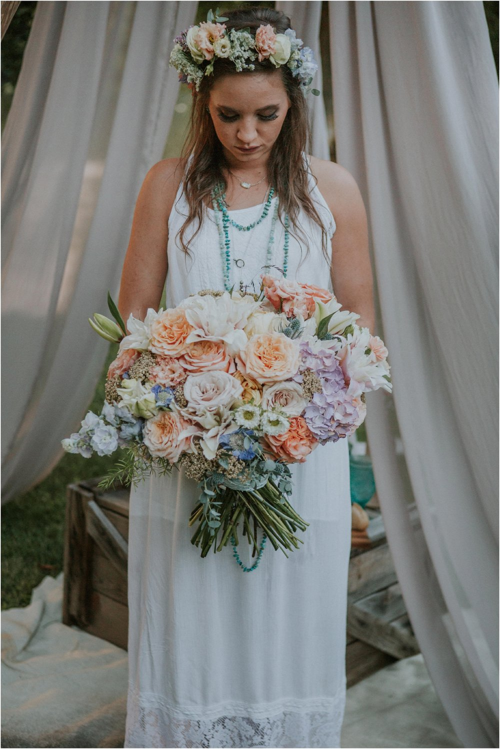 homestead-on-the-holston-hiltons-virginia-bohemian-canoe-styled-shoot-northeast-tennessee-elopement-wild-free-spirit_0052.jpg