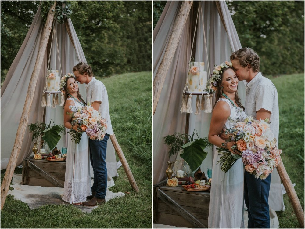 homestead-on-the-holston-hiltons-virginia-bohemian-canoe-styled-shoot-northeast-tennessee-elopement-wild-free-spirit_0058.jpg