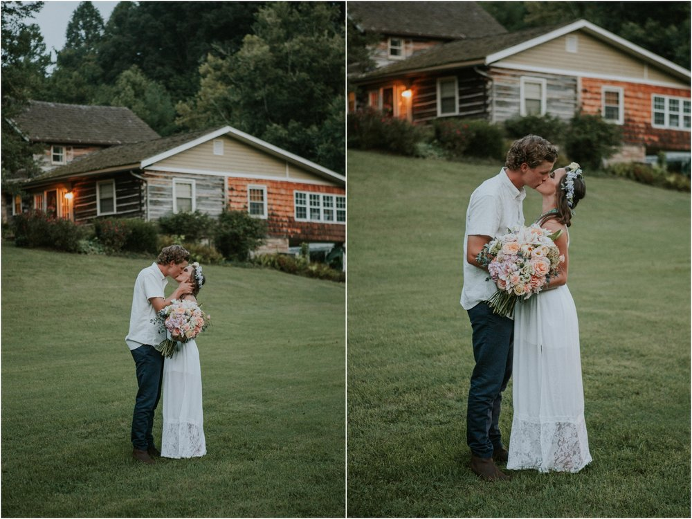 homestead-on-the-holston-hiltons-virginia-bohemian-canoe-styled-shoot-northeast-tennessee-elopement-wild-free-spirit_0066.jpg