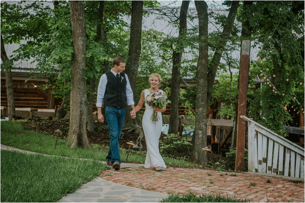 first-looks-wedding-planning-tips-timeline-groom-bride-katy-sergent-photography-northeast-tennessee-adventurous-wedding-elopement_0013.jpg