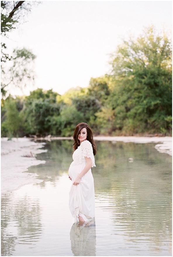 Jenni Maternity Film-24.jpg