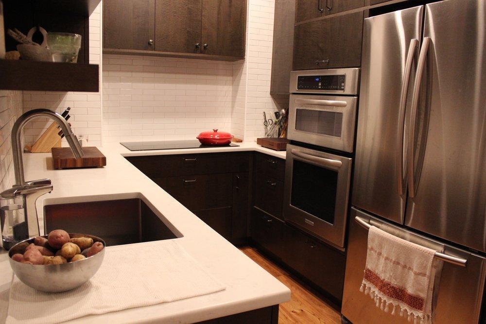2_KitchenVisions-Modern-Kitchen-Boston.jpg