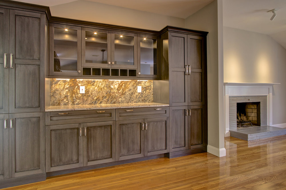 2-KitchenVisions-Bar-Pantry-Needham.jpg