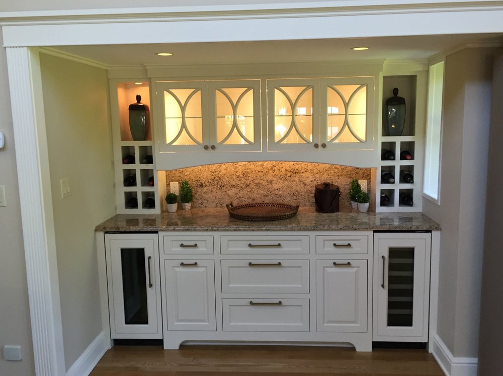 7-KitchenVisions-Built-in-Bar-Belmont.jpg