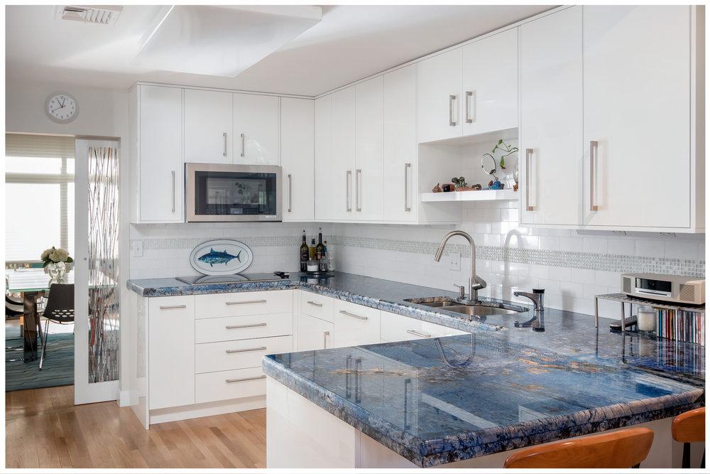 KitchenVisions-Modern-Kitchen-Brookline-Goddard-01.jpg