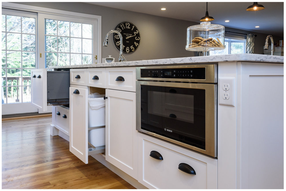 KitchenVisions-Transitional-Kitchen-Wayland-5.jpg