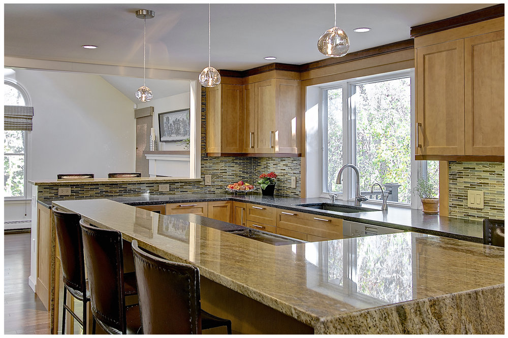 KitchenVisions-Transitional-Kitchen-Westwood-3.jpg