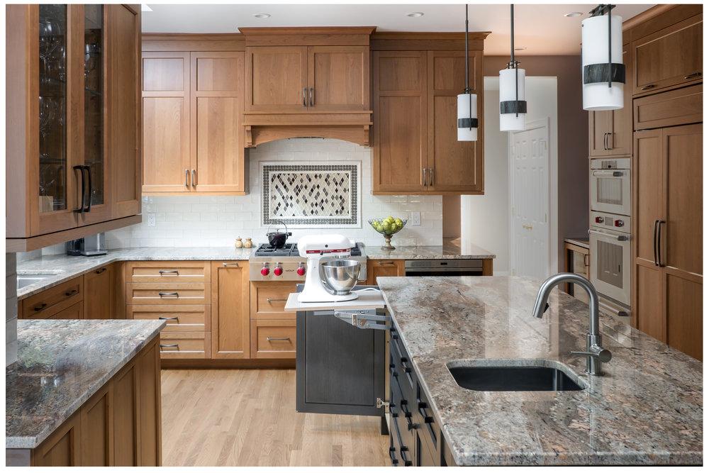 KitchenVisions-Transitional-Kitchen-Sudbury-03.jpg