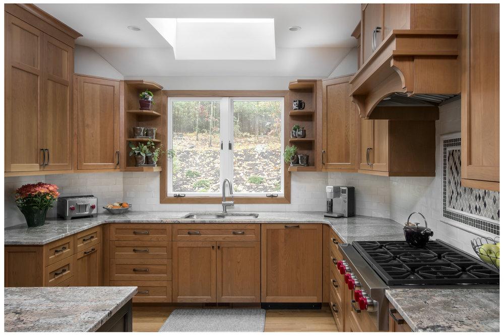 KitchenVisions-Transitional-Kitchen-Sudbury-07.jpg