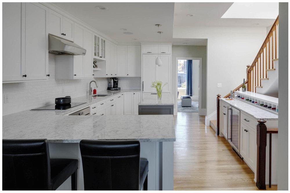 KitchenVisions-Transitional-Kitchen-Boston-2.jpg