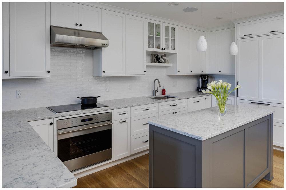 KitchenVisions-Transitional-Kitchen-Boston-3.jpg