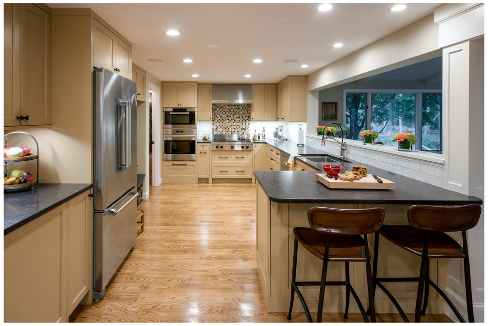 KitchenVisions-Transitional-Kitchen-Wayland-4wb.jpg
