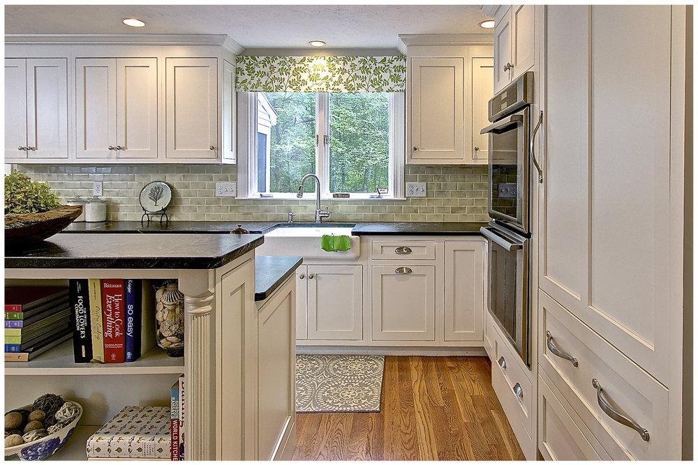 KitchenVisions-Transitional-Kitchen-Sudbury-2.jpg