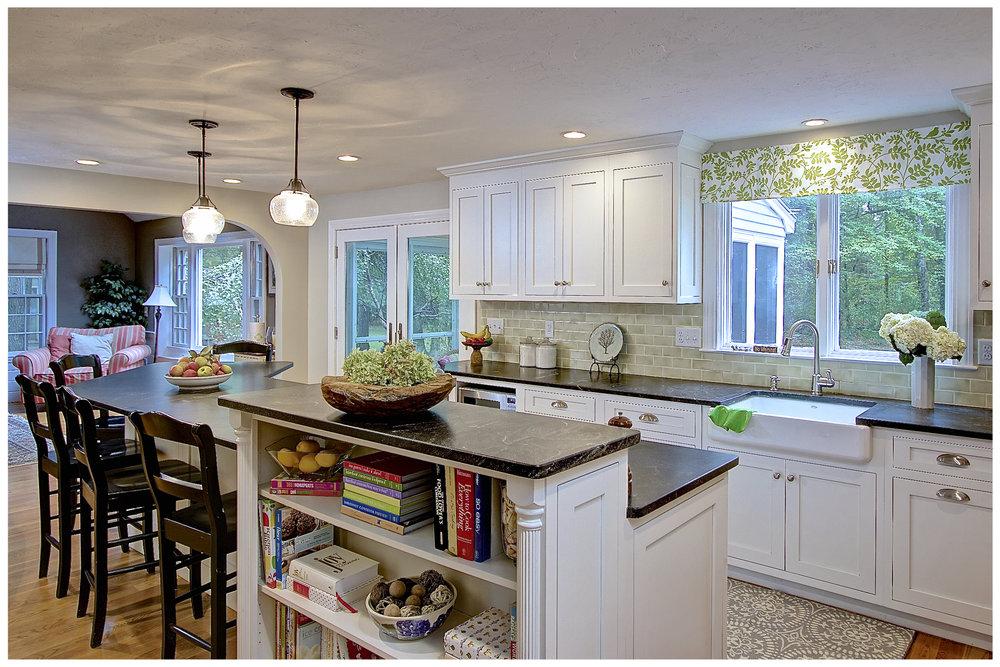 KitchenVisions-Transitional-Kitchen-Sudbury-5.jpg