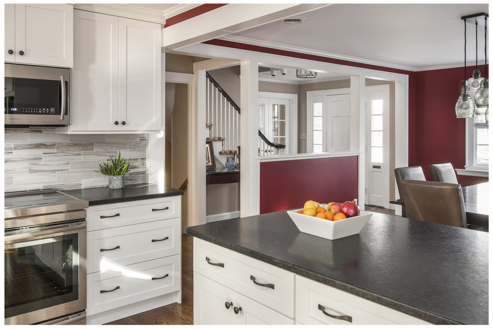 3-KitchenVisions-New-Traditional-Kitchen-Needham.jpg