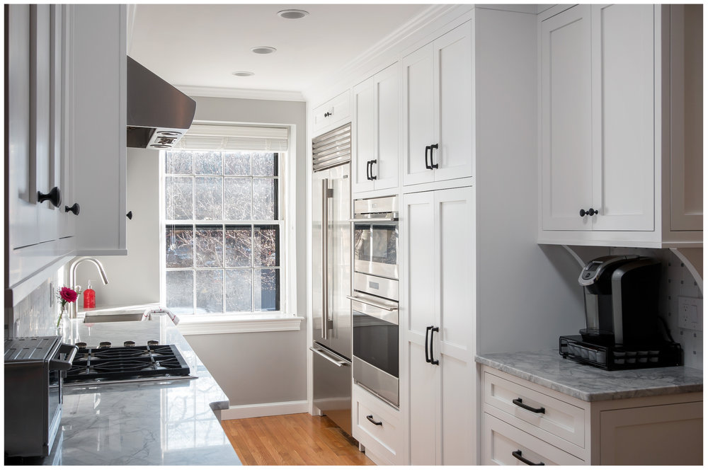 KitchenVisions-New-Traditional-Kitchen-Needham-06.jpg