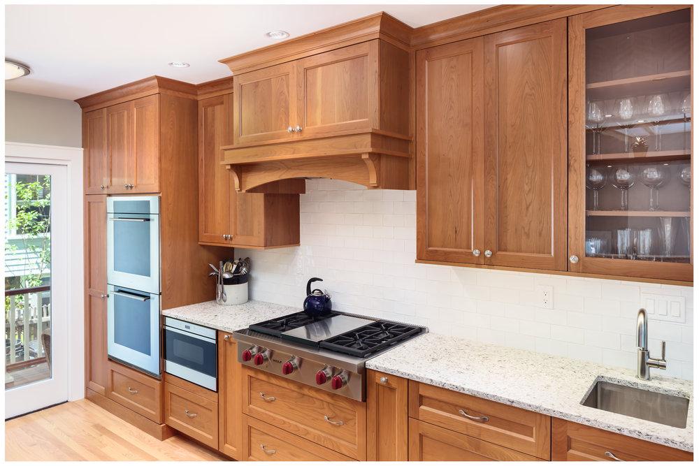 KitchenVisions-New-Traditional-Kitchen-Belmont-0003.jpg