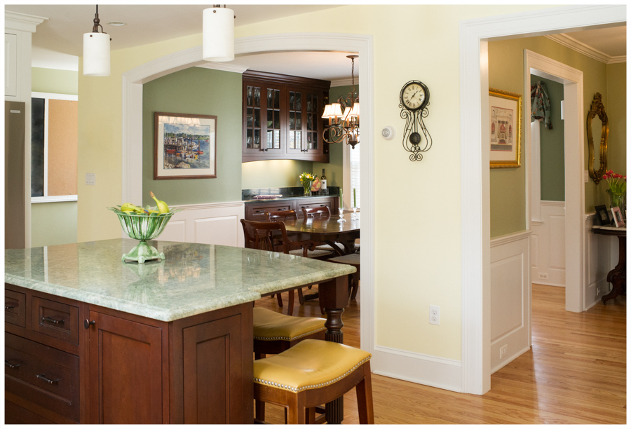 KitchenVisions-New-Traditional-Kitchen-Wellesley-1.jpg