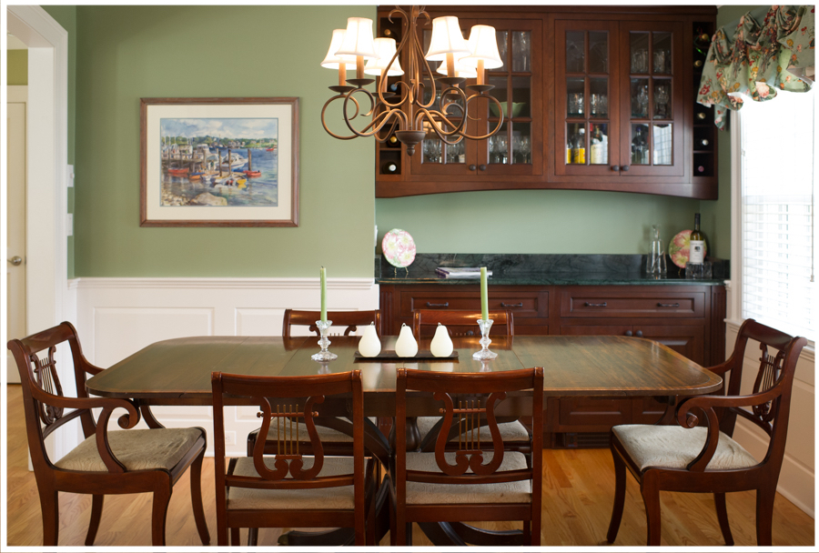 KitchenVisions-New-Traditional-Kitchen-Wellesley-2.jpg