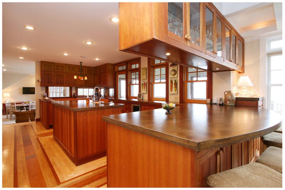 4_KitchenVisions-Transitional-Kitchen-RI.JPG