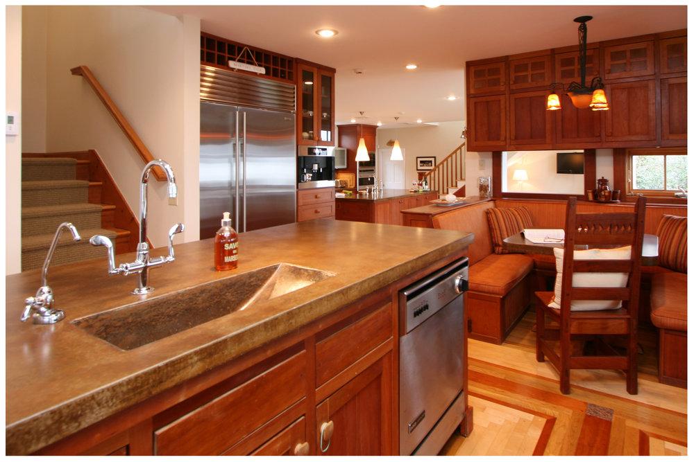 5_KitchenVisions-Transitional-Kitchen-RI.JPG