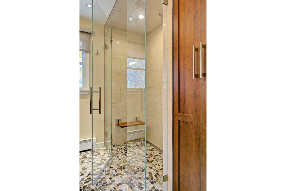 2-KitchenVisions-Master-Baths-Westwood-34.png