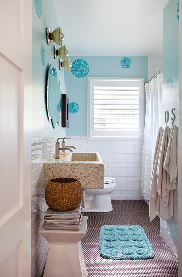 kids bath.  bronze, savoy penny rounds on the floor!  photo credit jeff herr photography