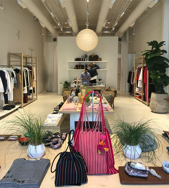Restocked some items this week at two of our favourite LA stockists. @elizabethandjames at the grove and @midland_shop in Culver City. Go and get your goodies! #losangelesstyle #shopping #ethicalfashion #handmadeinmexico #luz